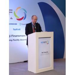 EBRD Finansal Kurumlar Direktörü Nick Tesseyman