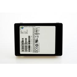 Tek bir SSD'de bulunan benzersiz 15.36 TB veri depolama özelliği