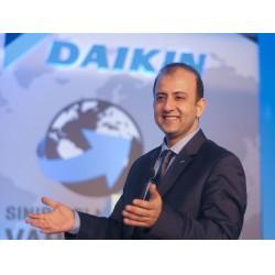 Daikin Türkiye CEO'su Hasan Önder, iç mekan hava kalitesinin önemine dikkat çekti.