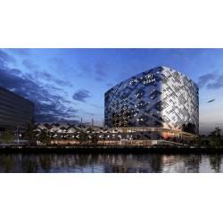Hilton Schiphol Hotel, Hollanda BREEAM-NL standardında 'Mükemmeli' amaçlamaktadır ve dünyanın en büyük seyahat sitesi TripAdvisor tarafından 'Green Leader Gold' sertifikasına layık görülmüştür.