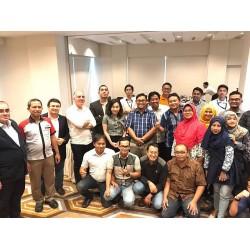 Ayvaz, Endonezya'da Seminerler Düzenledi