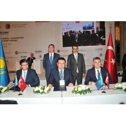 Kazakistan Enerji Bakanı Kanat Mozumbayev ve Zorlu Enerji Yatırımlar, İşletme ve Bakımdan Sorumlu Genel Müdür Ali Kındap, 50 MW Solar Enerji Santrali geliştirilmesi konusunda iyi niyet anlaşması imzaladı.