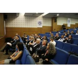 Çalıştay sunumlarını izleyen katılımcılar