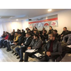 Form VRF Sistemleri firması'nın 22 Kasım – 14 Aralık 2018 tarihleri arasında düzenlediği bu toplantılara tüm Türkiye genelinde VRF Sistemlerinden sorumlu yetkili servisler katıldılar.