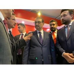 Danfoss standı ve Enerji ve Tabii Kaynaklar Bakanı Fatih Dönmez