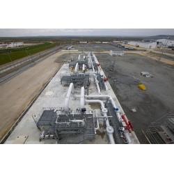 Avrupa'ya iletimini yapacak Trans Adriyatik Boru Hattı'na (TAP) gaz verilmesi için hazır hale getirildi.