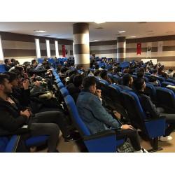 Karabük Üniversitesi Mühendislik Fakültesi öğrencileri