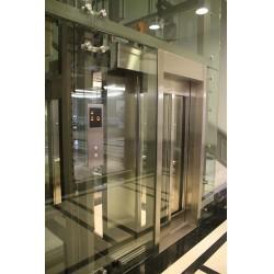 Kırmızı etiketli asansörlere kesinlikle binmeyin